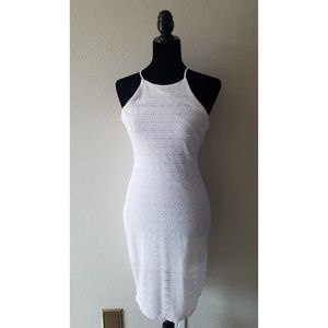 Dresses & Skirts - 4/15$ White bodycon fitted midi dress